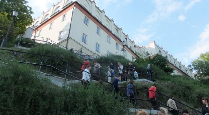 38. Spod Collegium Gostomianum schodziliśmy zygzakami schodów…