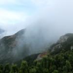 19. ...to znów spowici w mgły...