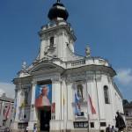 7. Bazylika Ofiarowania NMP i pomnik papieski w Wadowicach.