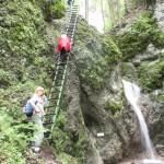 22. Ostatnia drabina prowadziła nad Wodospad w Barykadzie…