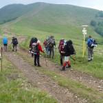 19. W przełęczy weszliśmy na czerwony szlak biegnący z Ust Czornej…