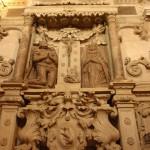 11. …a nagrobek wojewody Mikołaja Firleja i żony to arcydzieło sztuki kamieniarskiej.