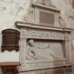 9. …a uwagę przyciąga nagrobek młodziutkiej Elżbiety Firlejówny.