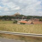 10. Jadąc przez Transylwanię mijaliśmy warowne zamki feudalne jak ten w Rupei.