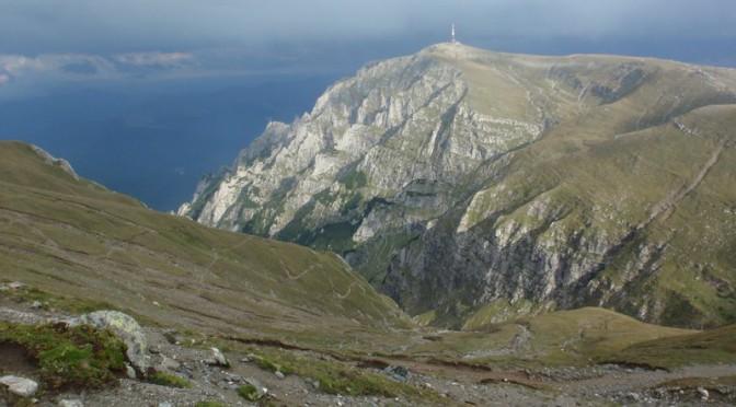 30. …i wieżę przekaźnikową na szczycie Coştili…