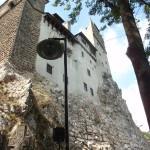 76. Pierwotny zamek wzniósł Ludwik I Andegaweński w XIV w. dla obrony przełęczy ku Wołoszczyźnie.