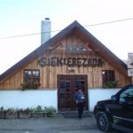 """35. …gdzie w barach """"Siekierezada"""" i """"Łemkowyna"""" mogliśmy zjeść coś ciepłego."""