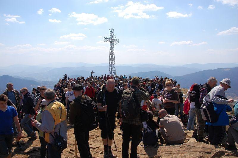 18. Na szczycie było już kilka grup.