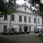 Dziś w Pałacu Małachowskich mieści się Muzeum Bolesława Prusa.