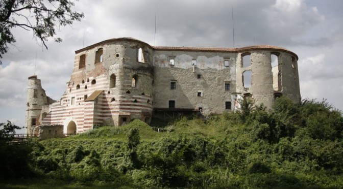 Ruiny nawet dziś prezentują się okazale.