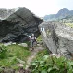 Przy skałach Bordu Tomii.